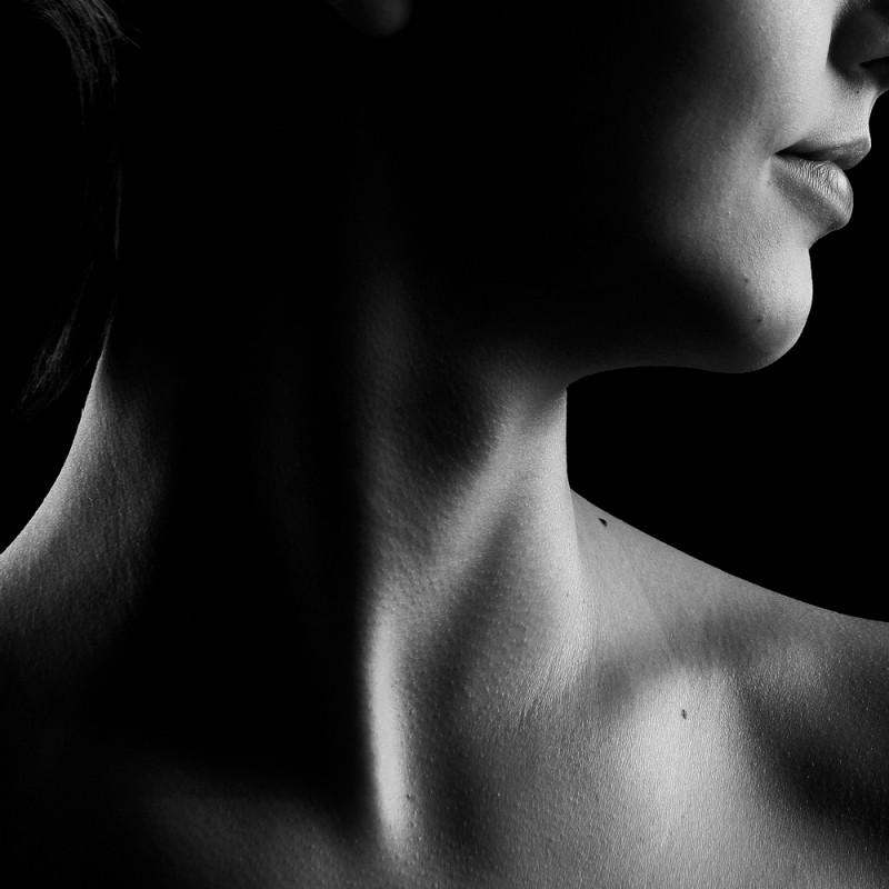 Cómo eliminar las arrugas del cuello