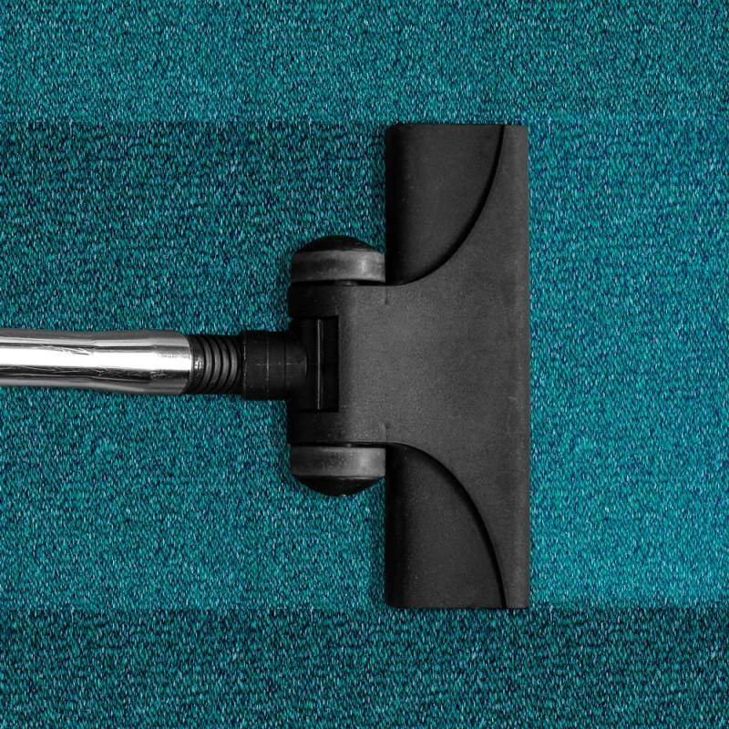 Cómo limpiar las alfombras de casa a fondo de forma fácil