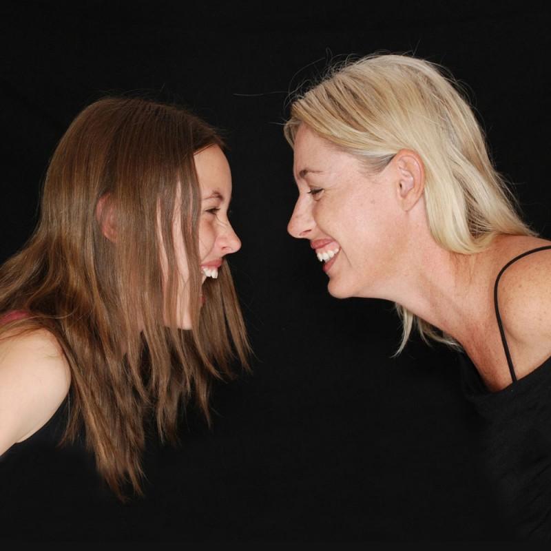 Cómo cambia la amistad en la vida adulta explicado en 6 hilarantes situaciones