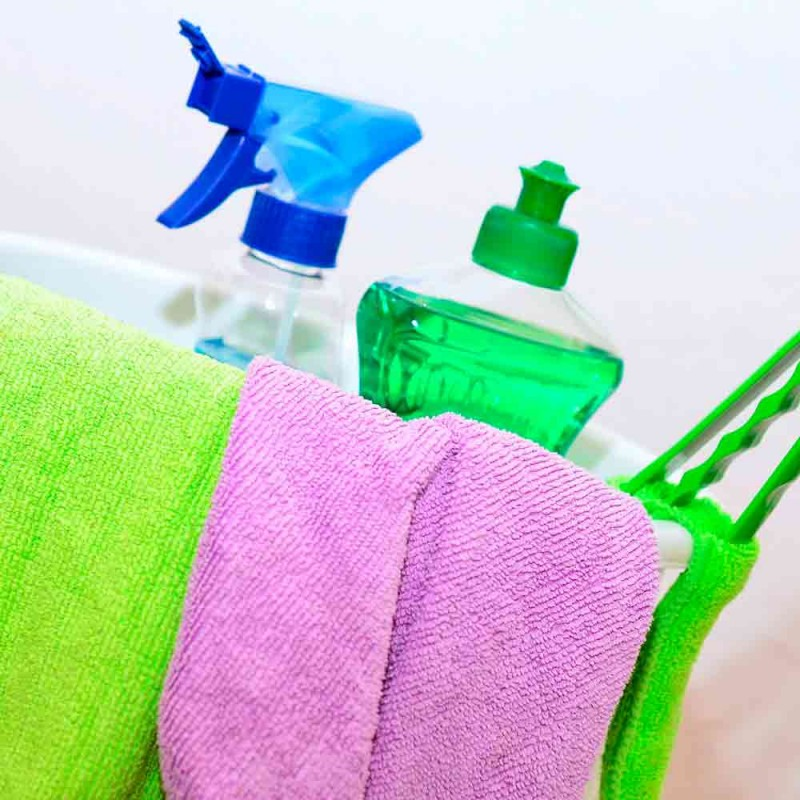 Cómo limpiar fácilmente las manchas del inodoro de cal o sarro incrustados