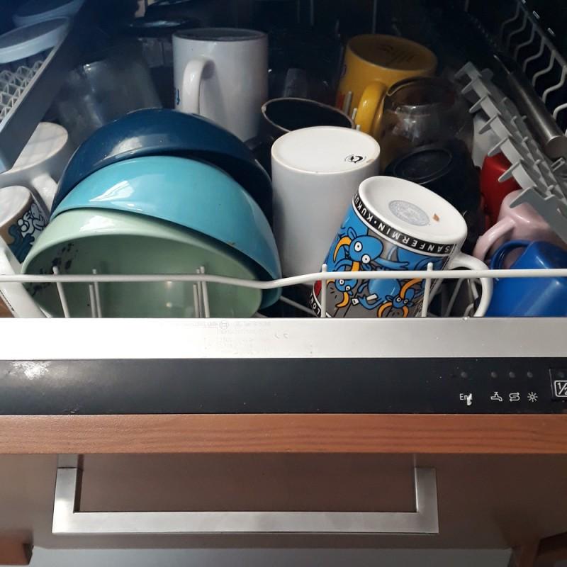 Por qué mi lavavajillas no lava bien y qué hacer para solucionarlo