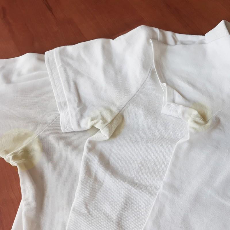 Cómo quitar manchas de desodorante de la ropa