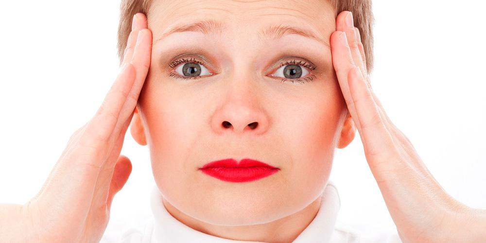 Dolor de cabeza en la sien y mareos