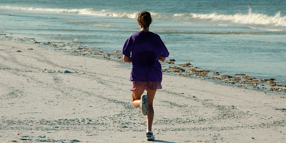 correr por la playa, ventajas e inconvenientes
