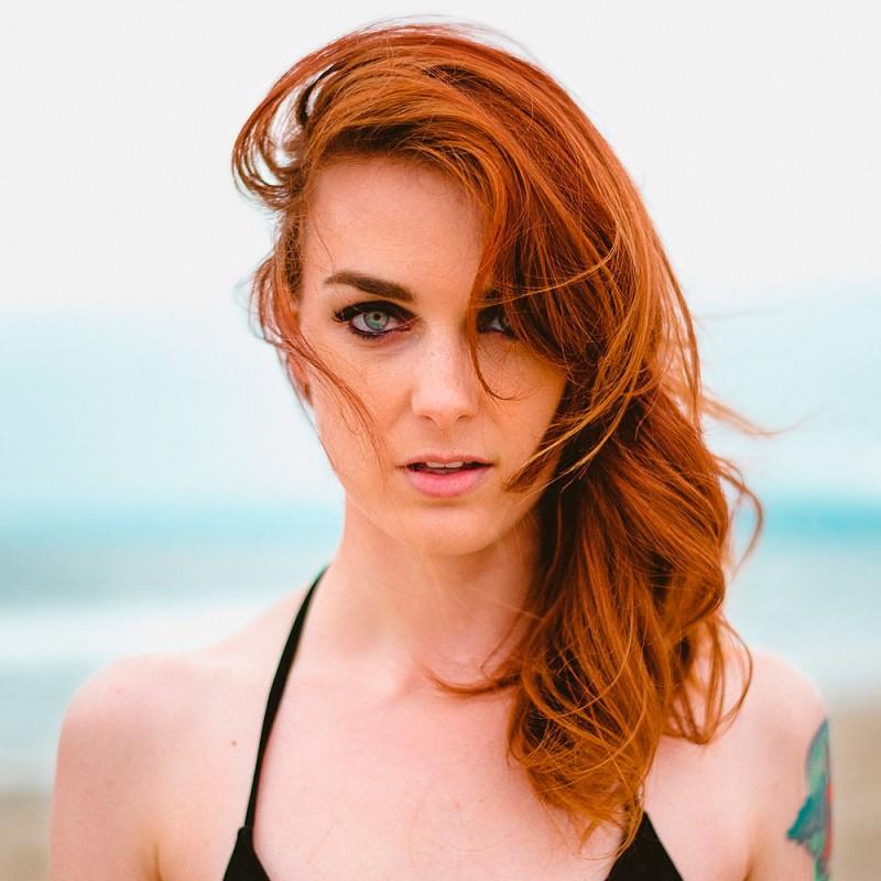 Maquillaje en la playa o la piscina, ¿sí o no?
