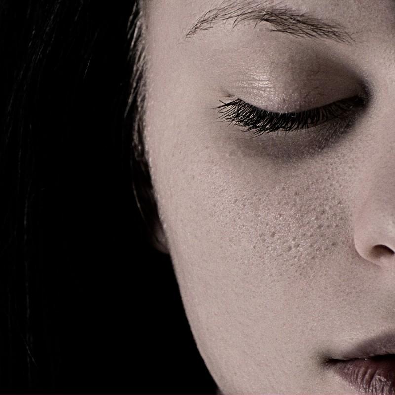 Cómo reducir la apariencia de los poros abiertos