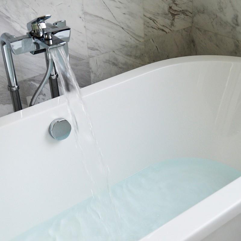 Cómo evitar los peligrosos resbalones en la ducha o la bañera