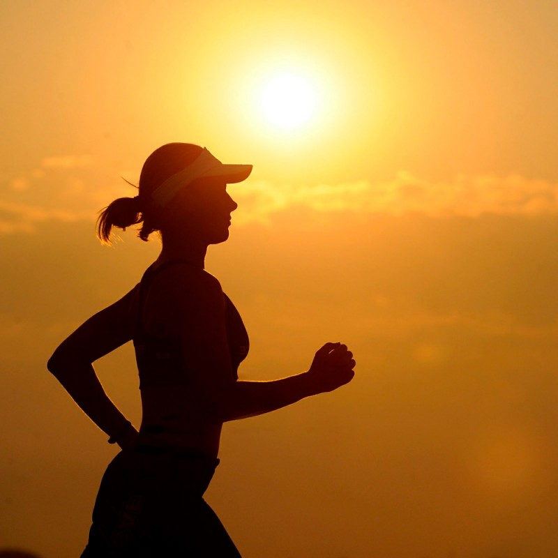 ¿Cómo entrenarte cuando hace calor? Ejercicio físico en verano