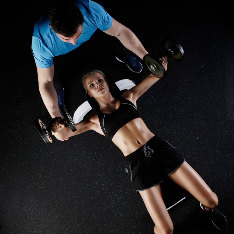 7 ejercicios para un pecho firme y tonificado