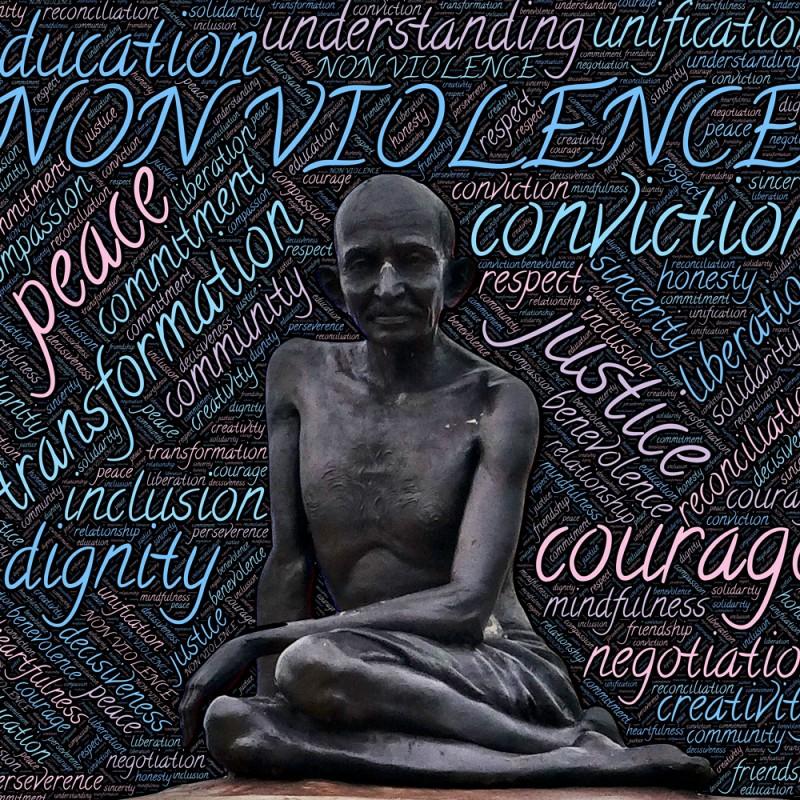 32 frases de Gandhi sobre la paz y el amor que inspirarán tu vida