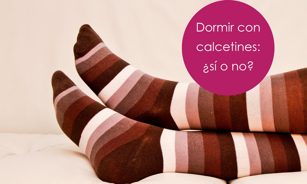 lo bueno y malo de dormir con calcetines