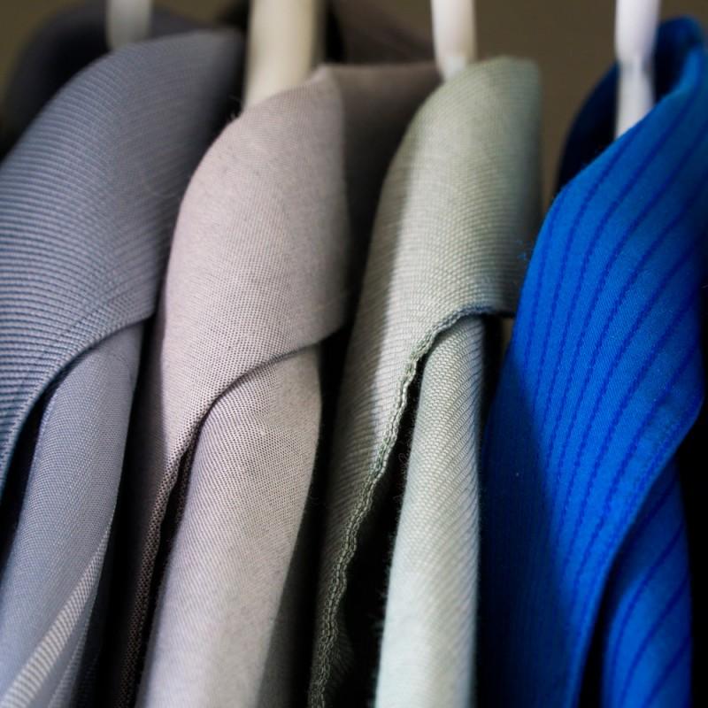 Cómo acabar con el mal olor de la ropa sin lavarla