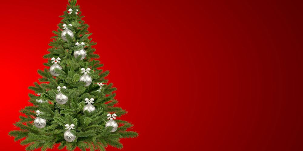 árbol de navidad plateado