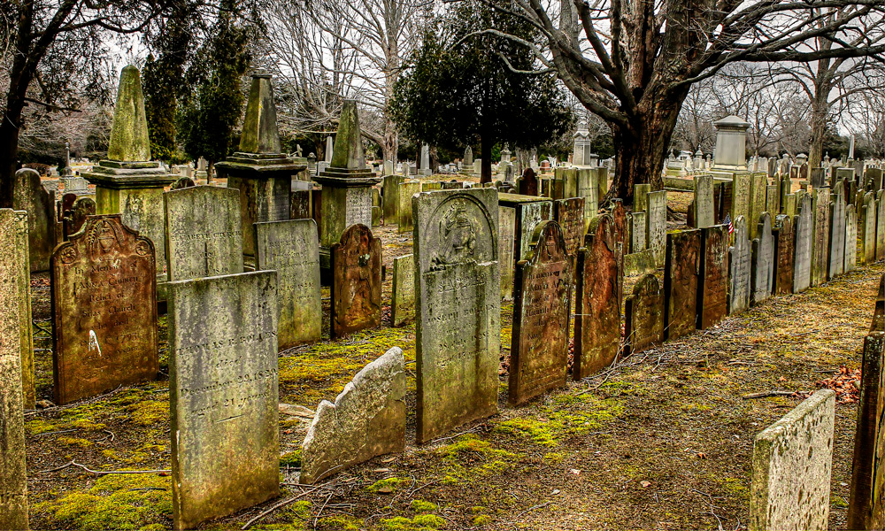 muertes absurdas y extrañas de la historia