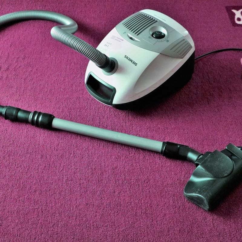Para qué usar la aspiradora además de limpiar el suelo (8 ingeniosos usos)