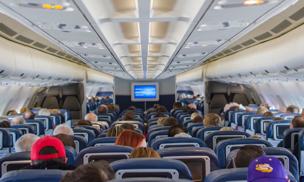 clase turista en un avión