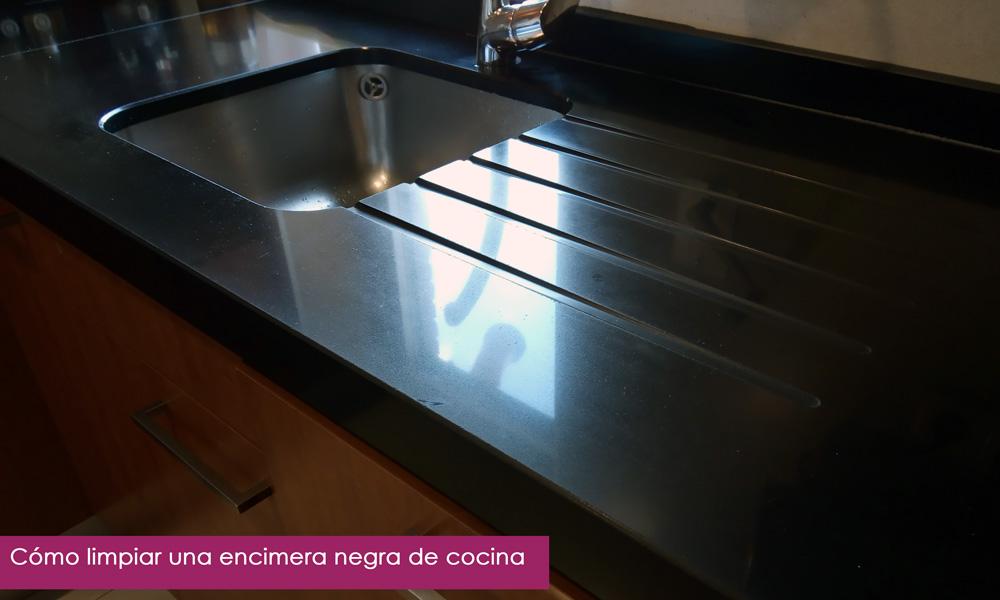 cómo limpiar una encimera negra de cocina