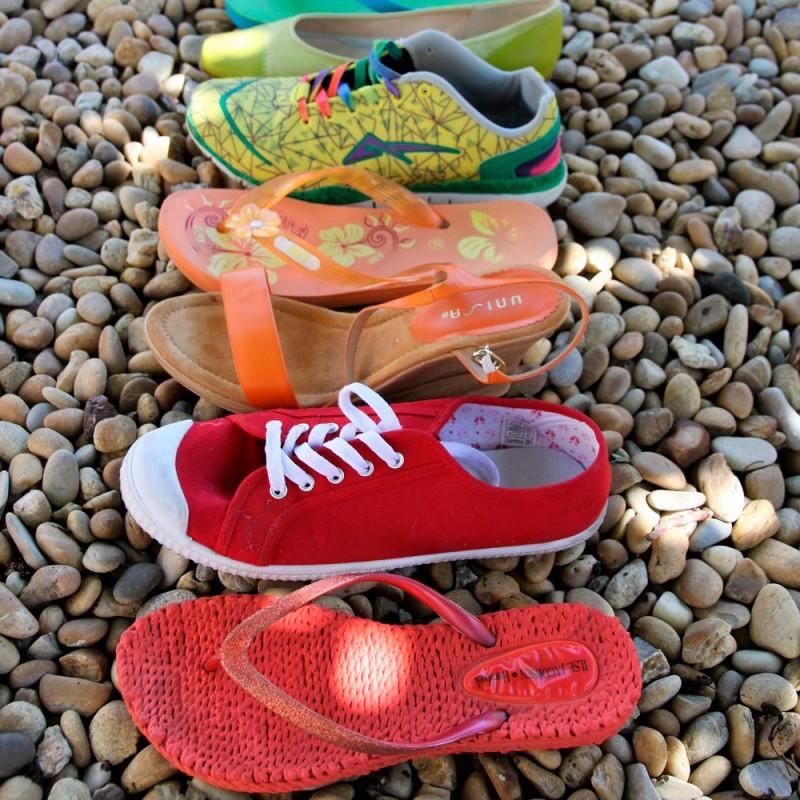 ¿Cuál es el calzado más adecuado para verano? Ni chanclas, ni tacones, ni zapatos planos.
