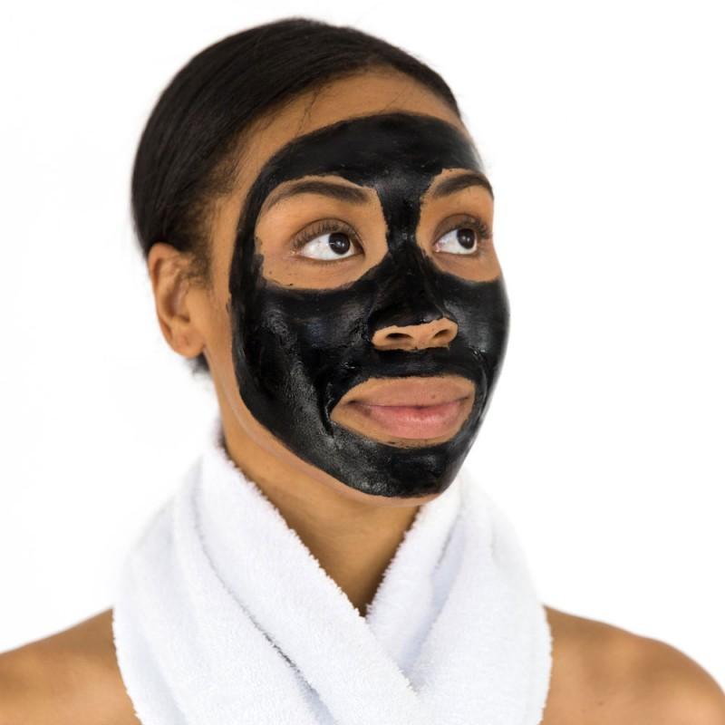 Cómo hacer una limpieza facial profunda de puntos negros y espinillas