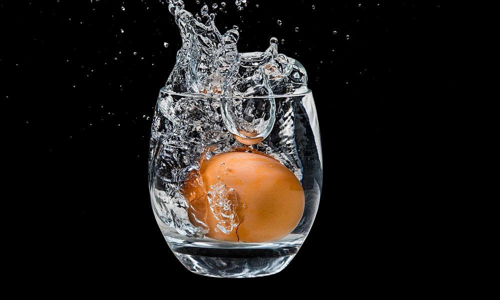 prueba de flotación del huevo