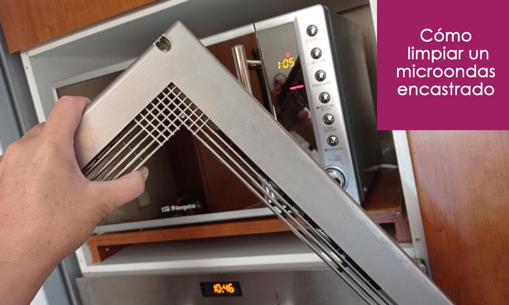 trucos para limpiar el microondas empotrado