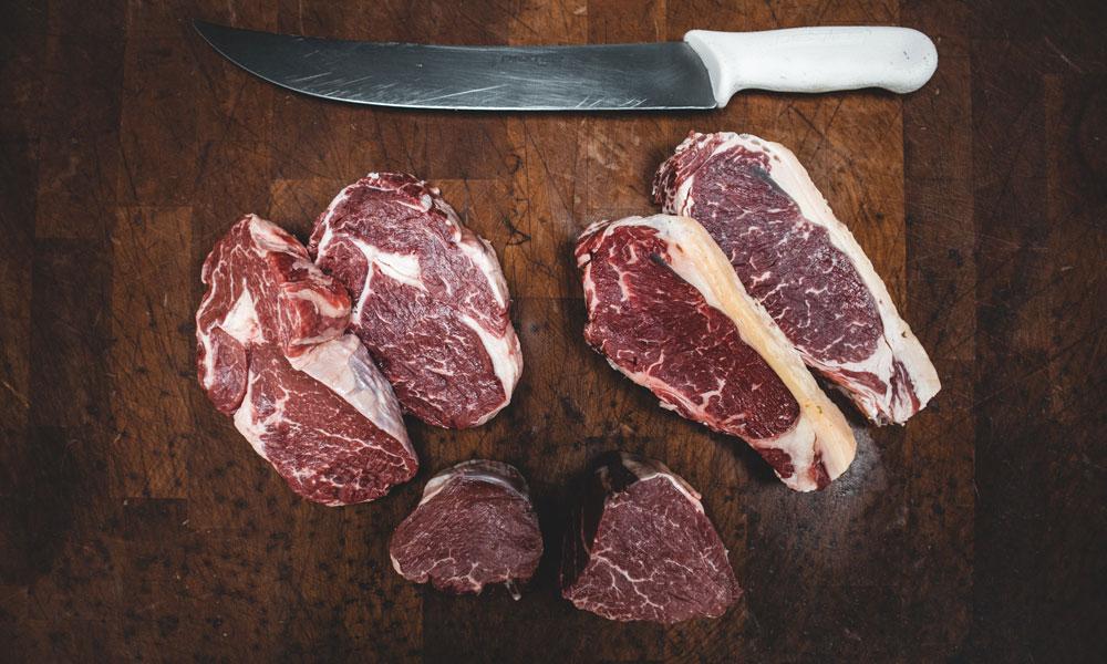 ¿es recomendable lavar la carne antes de cocinar?
