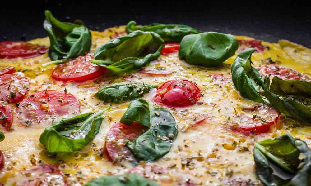 pizza de espinacas paso a paso