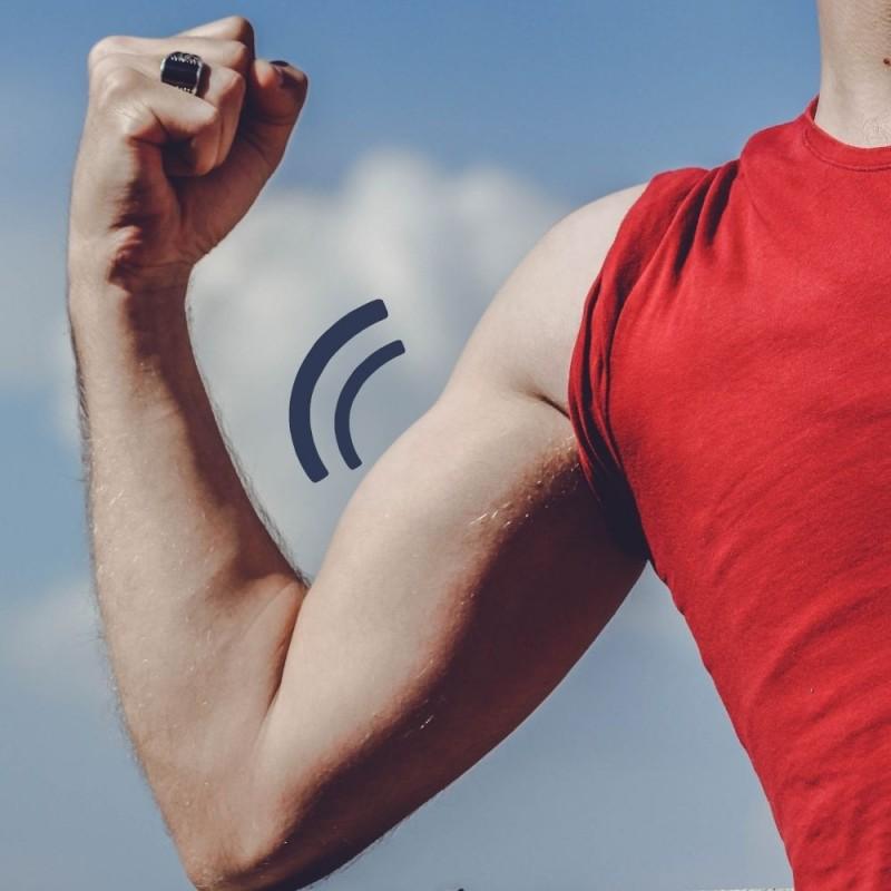 Se mueve y tiembla el músculo solo, ¿por qué?