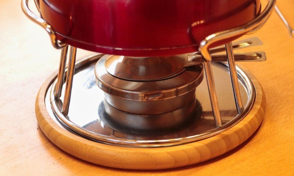 fondue con quemador, como se usa