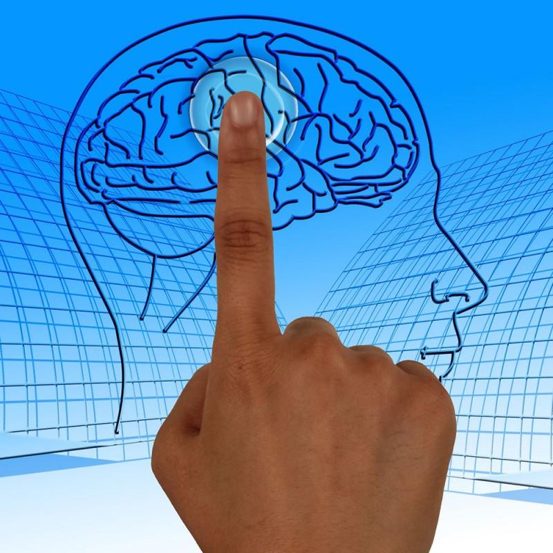 Cómo actuar ante un ictus. Pautas para detectar y proceder ante un ictus cerebral