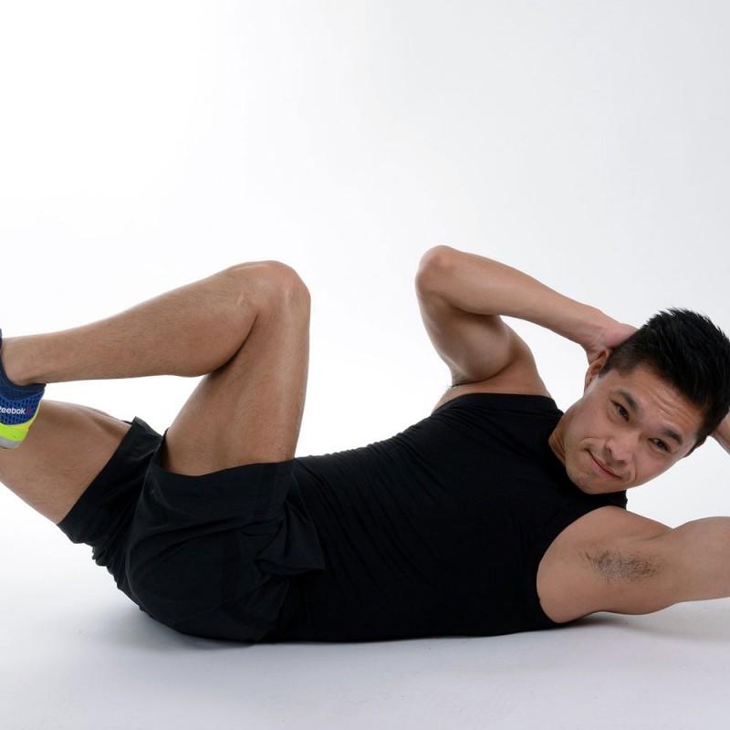 Cómo hacer abdominales laterales. Ejercicios para los abdominales oblicuos