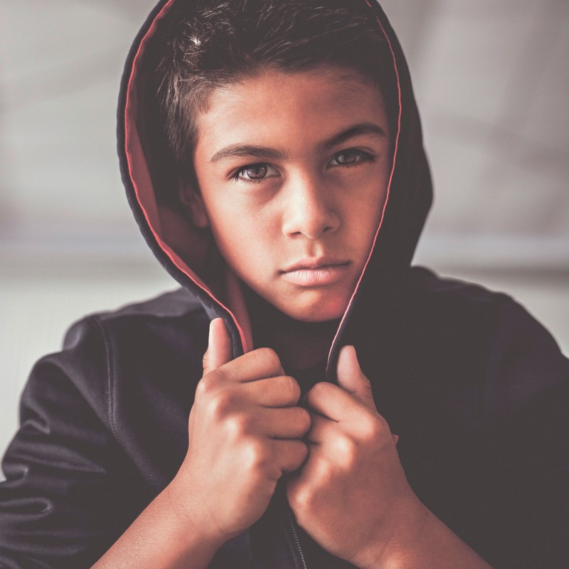 Cómo controlar la conducta agresiva del adolescente