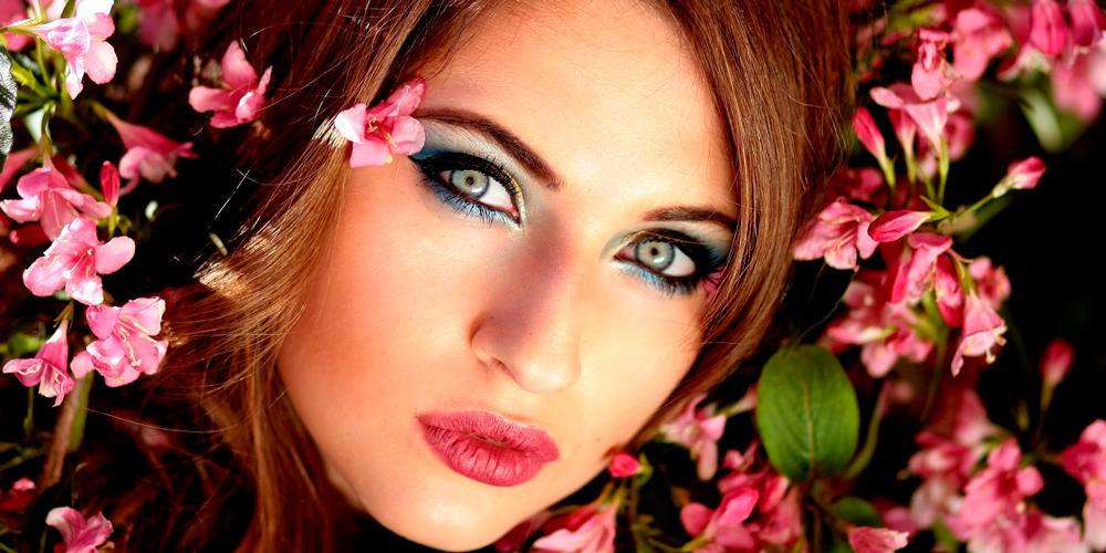 maquillaje de ojos verdes para fiesta
