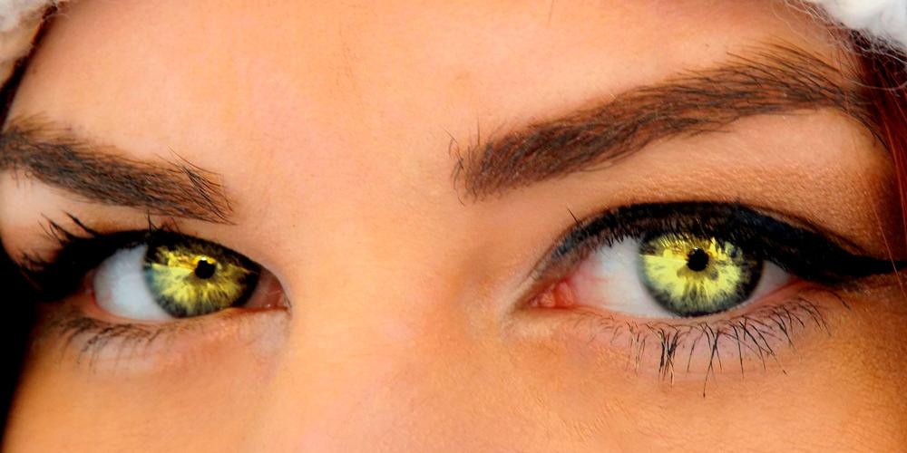 Maquillaje para ojos verdes de día