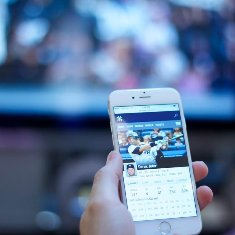 Cómo conectar el móvil a la televisión de forma fácil y rápida