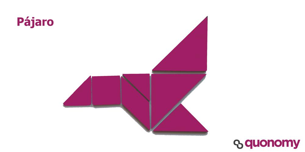 Pajaro volando con figuras de tangram