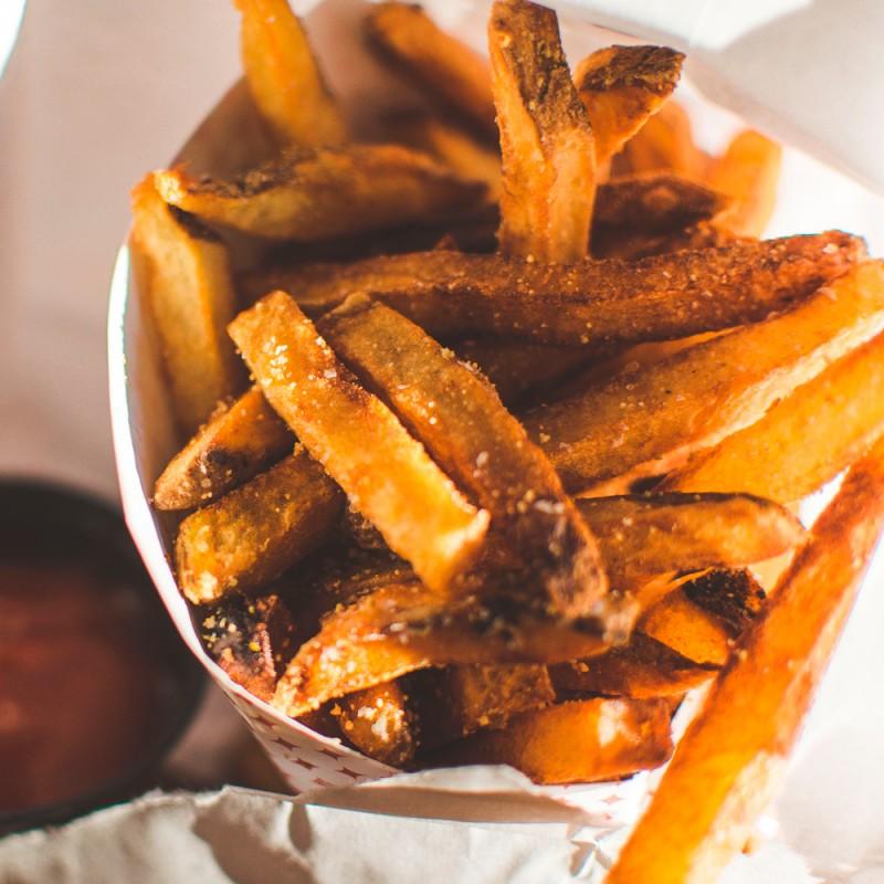 Qué es la acrilamida y por qué tiene relación con los alimentos y la salud