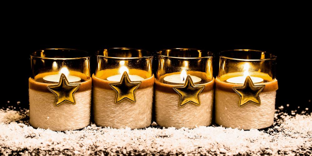 Decorar con velas de Navidad