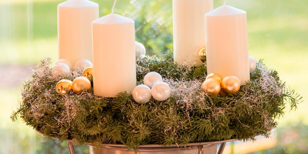 Cómo decorar con velas de Navidad