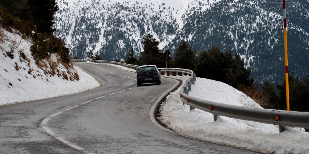 cómo conducir con nieve