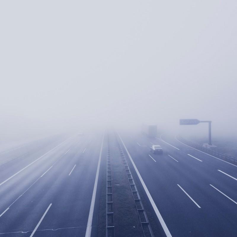 Cómo conducir con niebla de forma segura